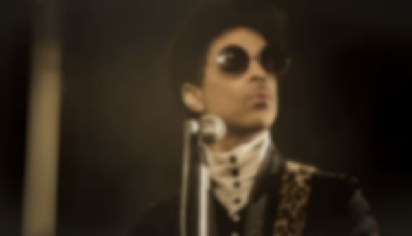 Prince hosting free concert at Paisley Park studios