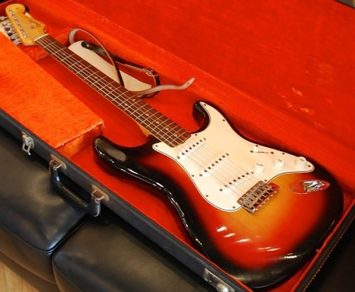 Bob Dylan S Electric Guitar From The 1965 Newport Folk Festival Goes
