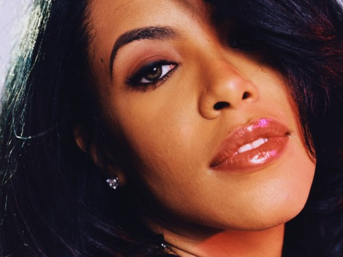 Close up Aaliyah photo
