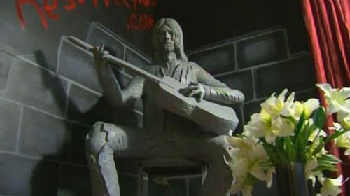 cobain-statue