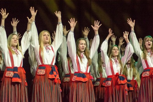 Girls choir ELLERHEIN