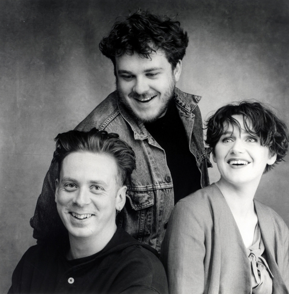 Simple Minds Featuring White Spaces - Don't You
