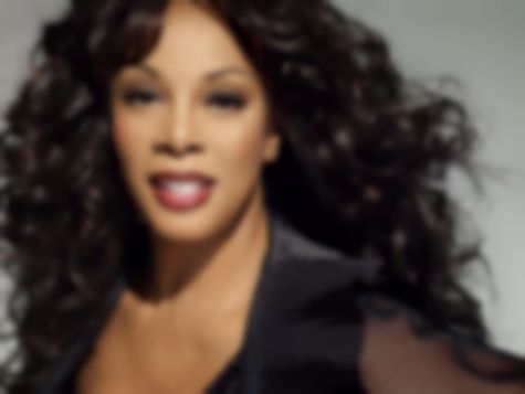Donna Summer dies of cancer, age 63