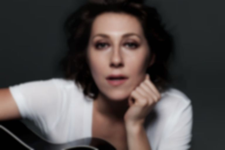 Apocalypses, Motherhood and Candor : Best Fit meets Martha Wainwright