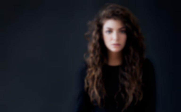 Watch Lorde cover Kanye West's Yeezus track 'Hold My Liquor'