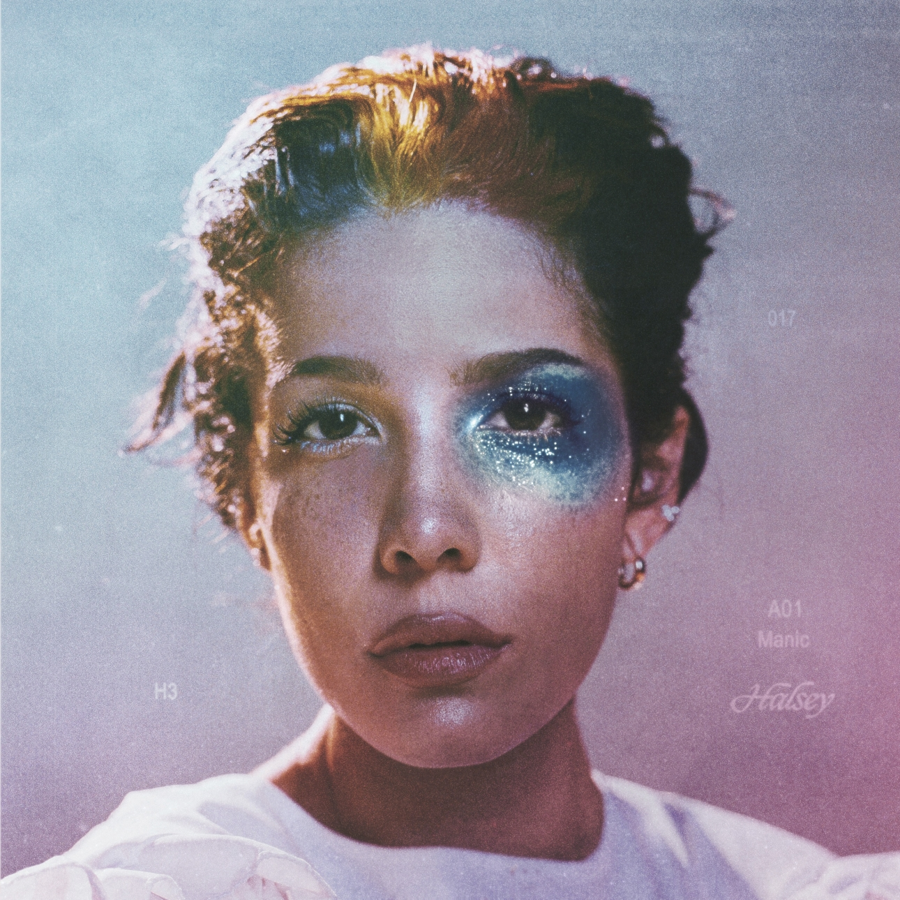 Manic is Halsey's most complete work to date