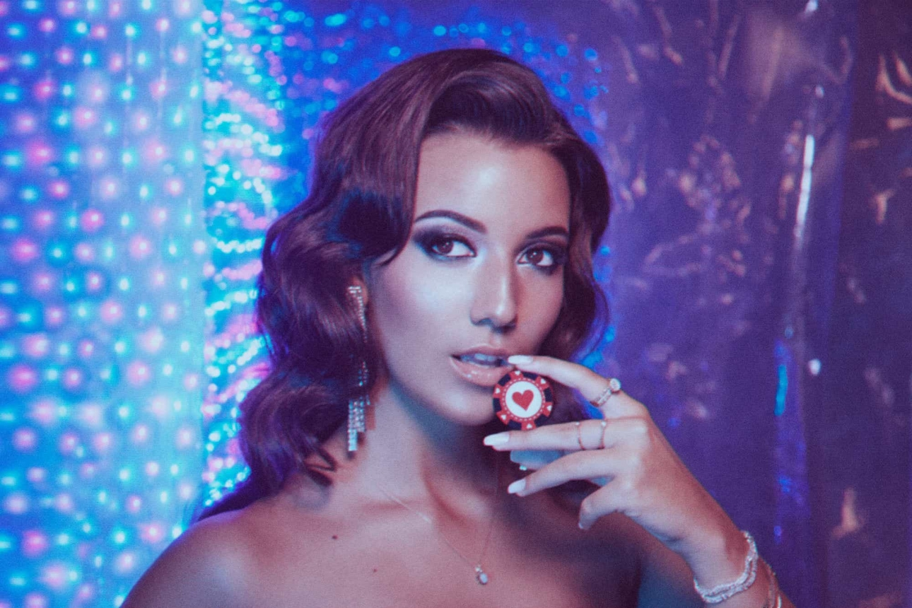 """Rising Portuguese popstar April Ivy releases the disco-tinged """"Can't Fight This Feeling"""""""