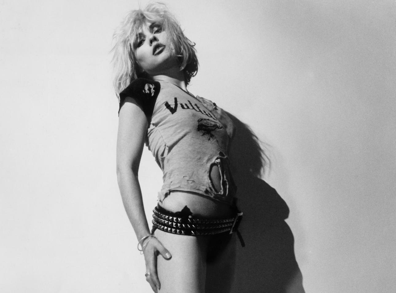 Blondie анонсирует первый графический роман вопреки всему