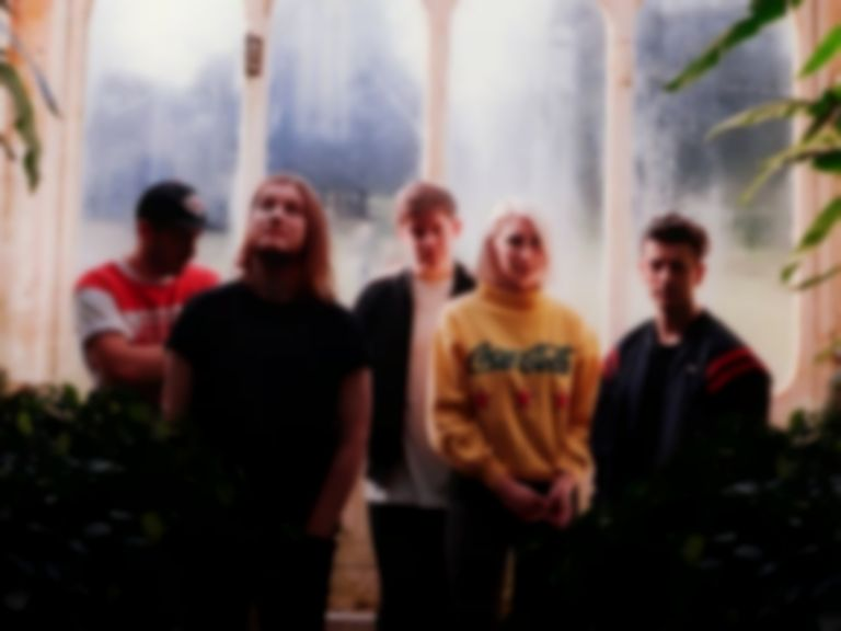 "Fickle Friends sign to Polydor and ""Swim"" to success with new single"