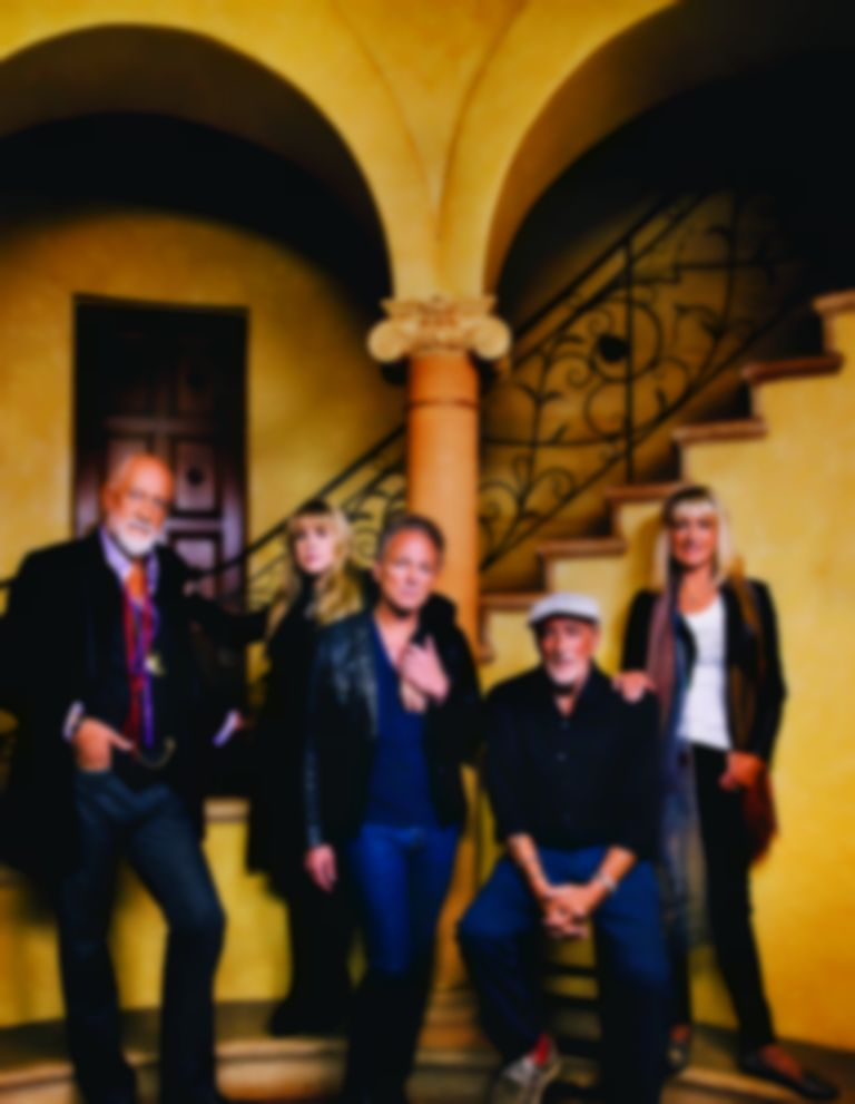 "Fleetwood Mac ""plan"" to release a new album in 2017"