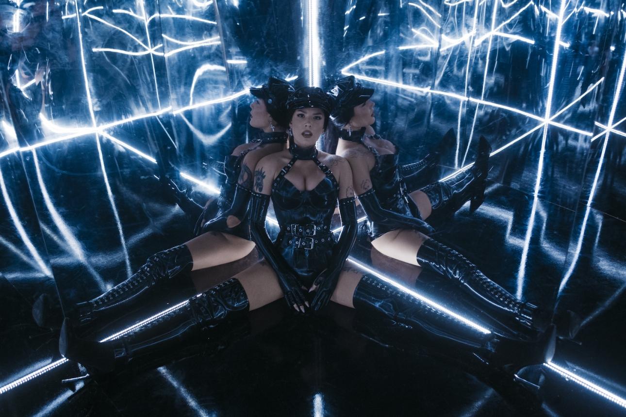 "Halsey drops hard-hitting new single ""Nightmare"""
