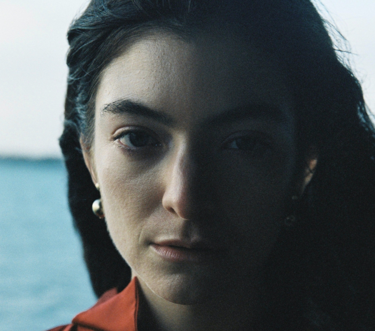 """Lorde unveils new track """"Stoned at the Nail Salon"""""""
