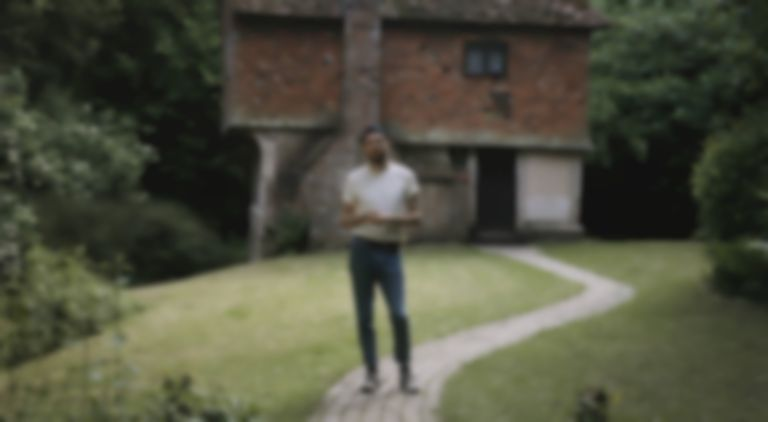 "Novo Amor announces debut album, shares stunning single and visuals for ""Birthplace"""