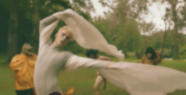 "Suno Deko goes full Midsummer Night's Dream in the video for the utterly gorgeous ""Altar"""