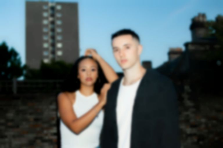 "Alt-pop duo Temptress return with breezy love song to London on ""Paradise"""