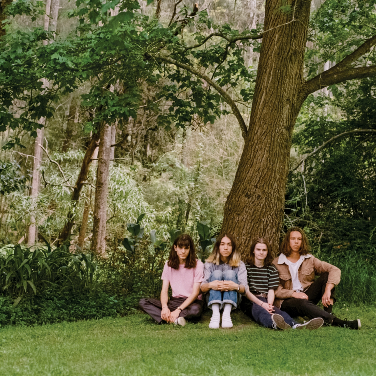 """The Lazy Eyes showcase pure psychedelic pop on debut """"Cheesy Love Song"""""""