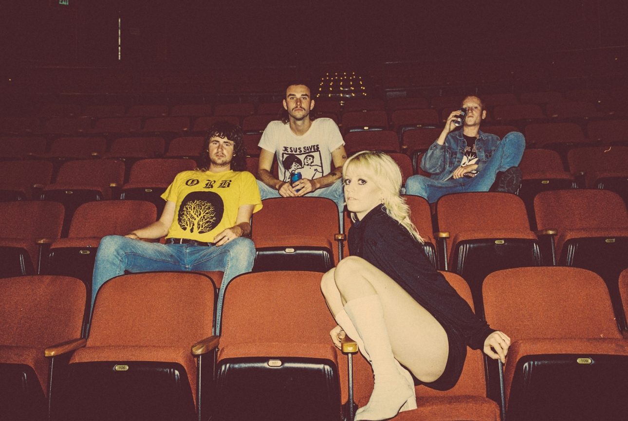 Rough Trade Records Sign Melbourne S Amyl And The Sniffers