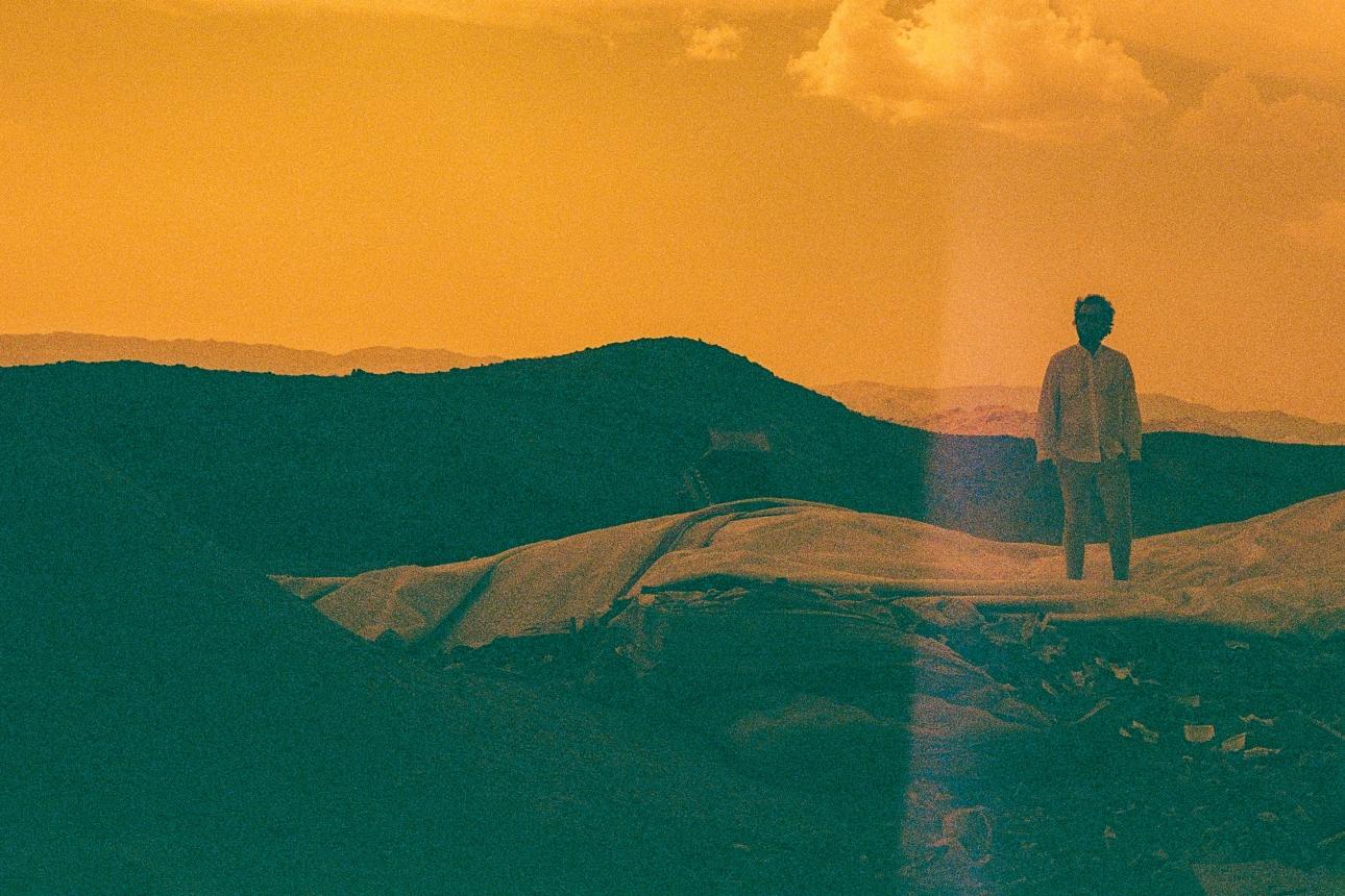 Крис Байо из Vampire Weekend применяет новый контроль над сольным альбомом