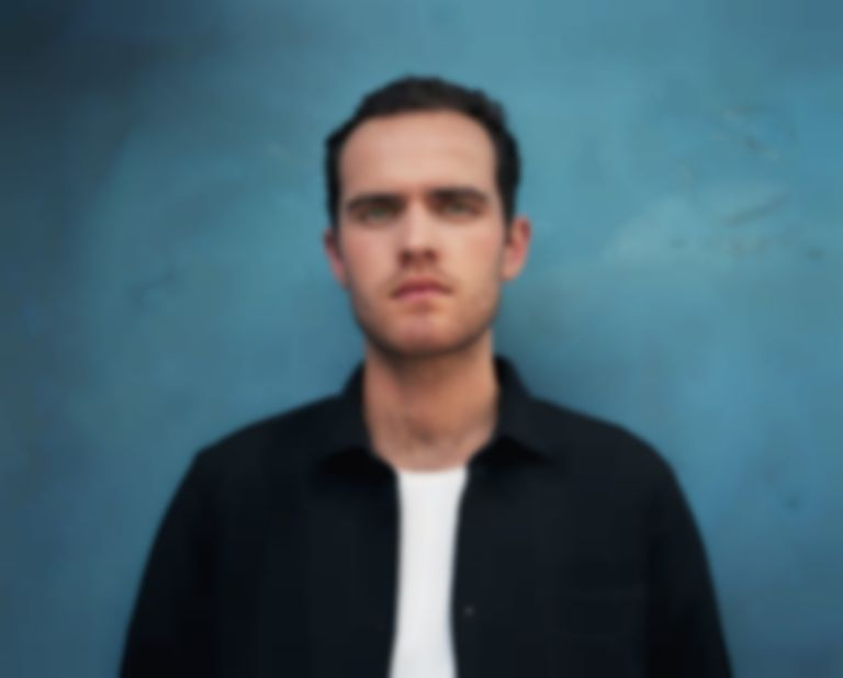 "Jordan Rakei shares seductive, summery offering ""Wildfire"""