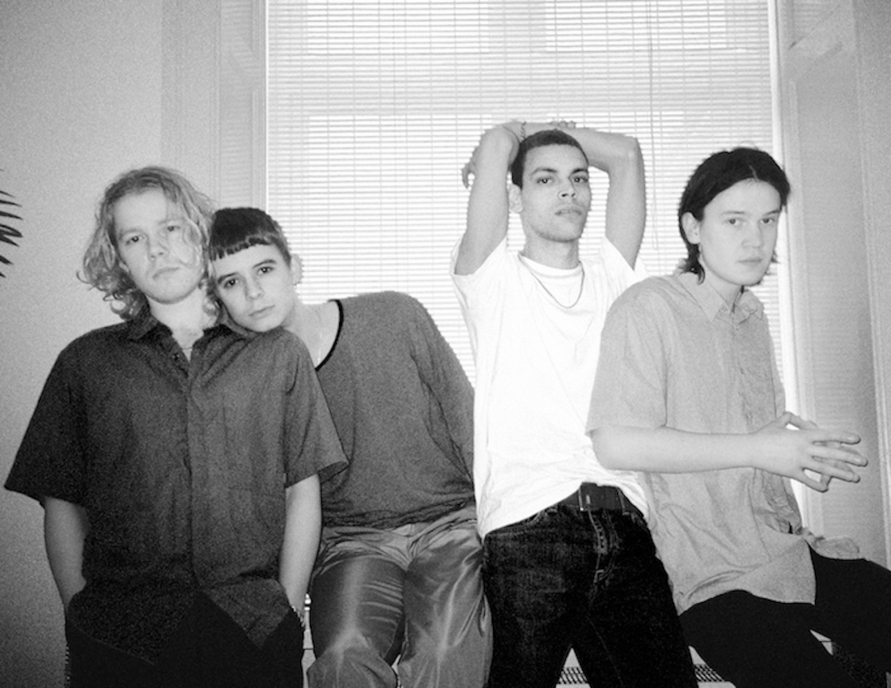 """Liss release new disco gem """"Leave Me On The Floor"""""""
