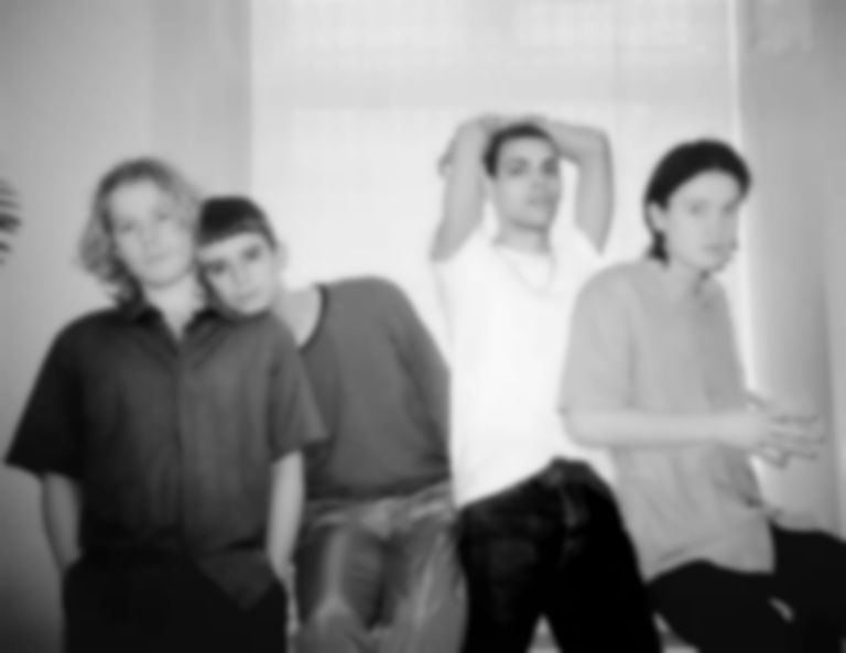 "Liss release new disco gem ""Leave Me On The Floor"""