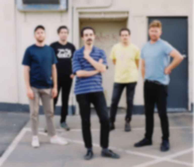 "Rolling Blackouts Coastal Fever share new single ""Falling Thunder"""