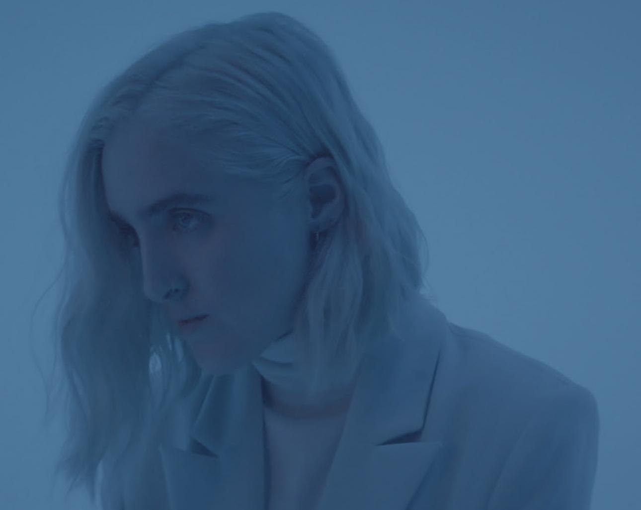 Шура анонсирует делюкс-выпуск предыдущего альбома с неизданным треком «Obsession»