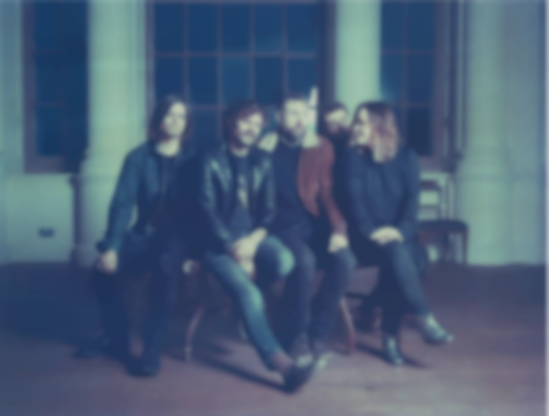 "Slowdive return with ""Star Roving"", their first new single in 22 years"