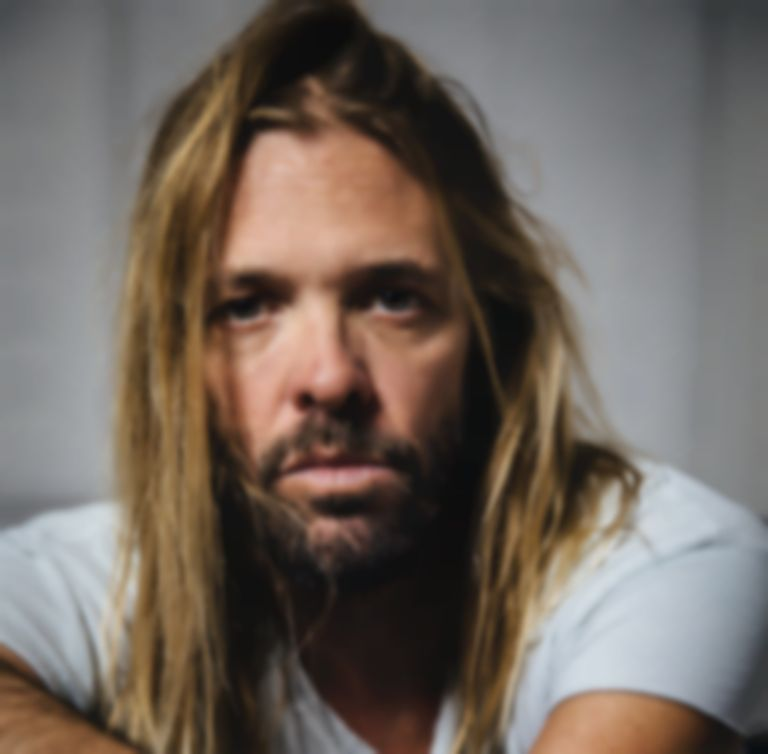 "Taylor Hawkins and The Coattail Riders drop album title-track ""Get The Money"""