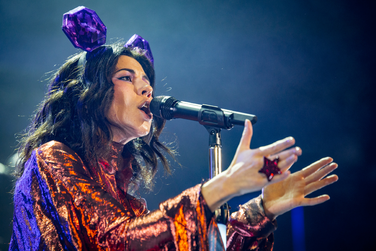 Marina And The Diamonds Writes About Her Next Musical Steps And Life