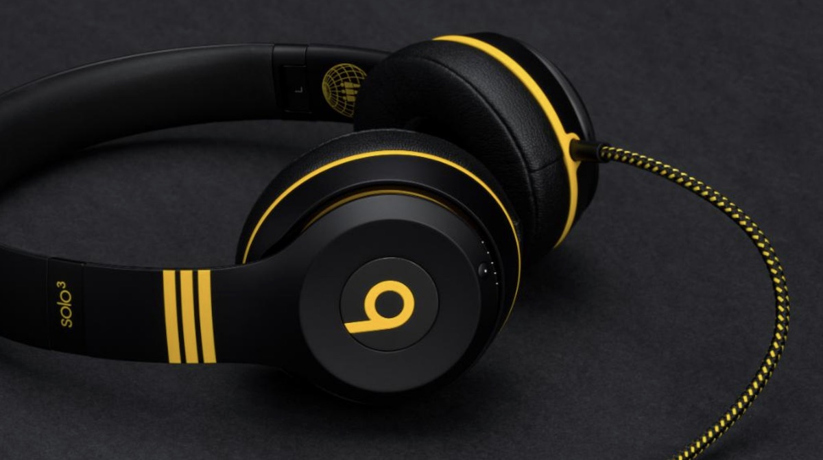 Beats wireless headphones new version - yellow beats headphones